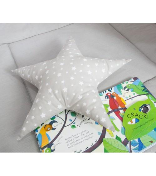 jastučić zvezda za dečiju sobu